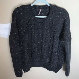 Woman's - Poof W - Sweater Top- L